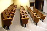 elokuvateatterin tuolit f
